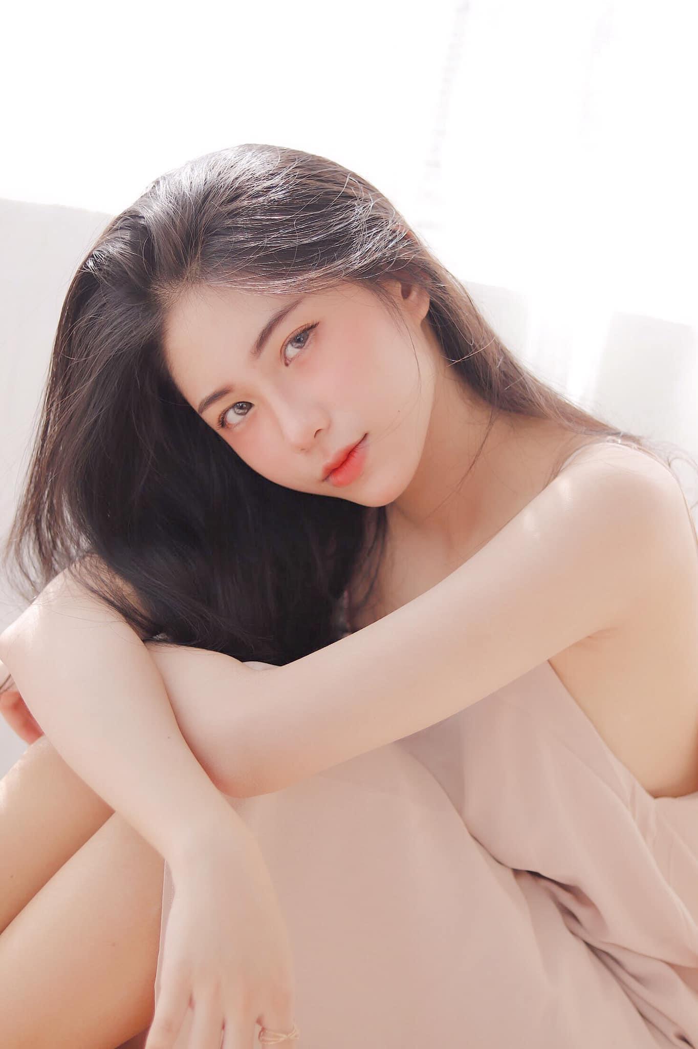 Hot girl Nguyễn Thị Kim Anh xinh xắn và cực dễ thương - 4