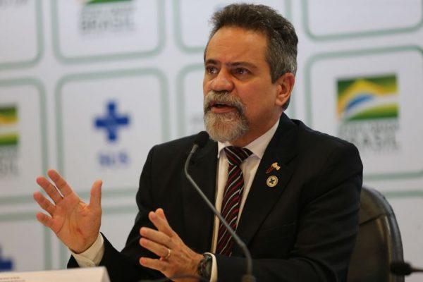 CPI da Covid ouve Elcio Franco, ex-número dois do Ministério da Saúde