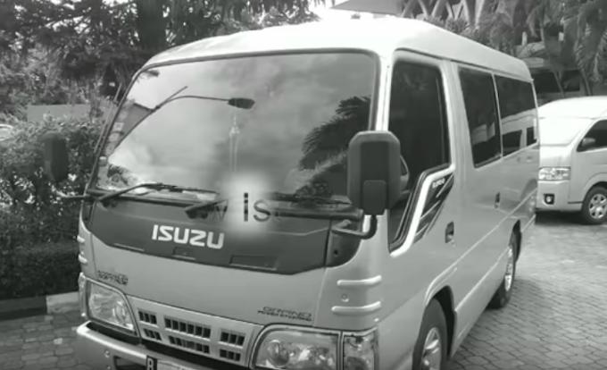 Isuzu Elf Short - Bisa Dirental / Disewa di Boavistarentcar Jakarta