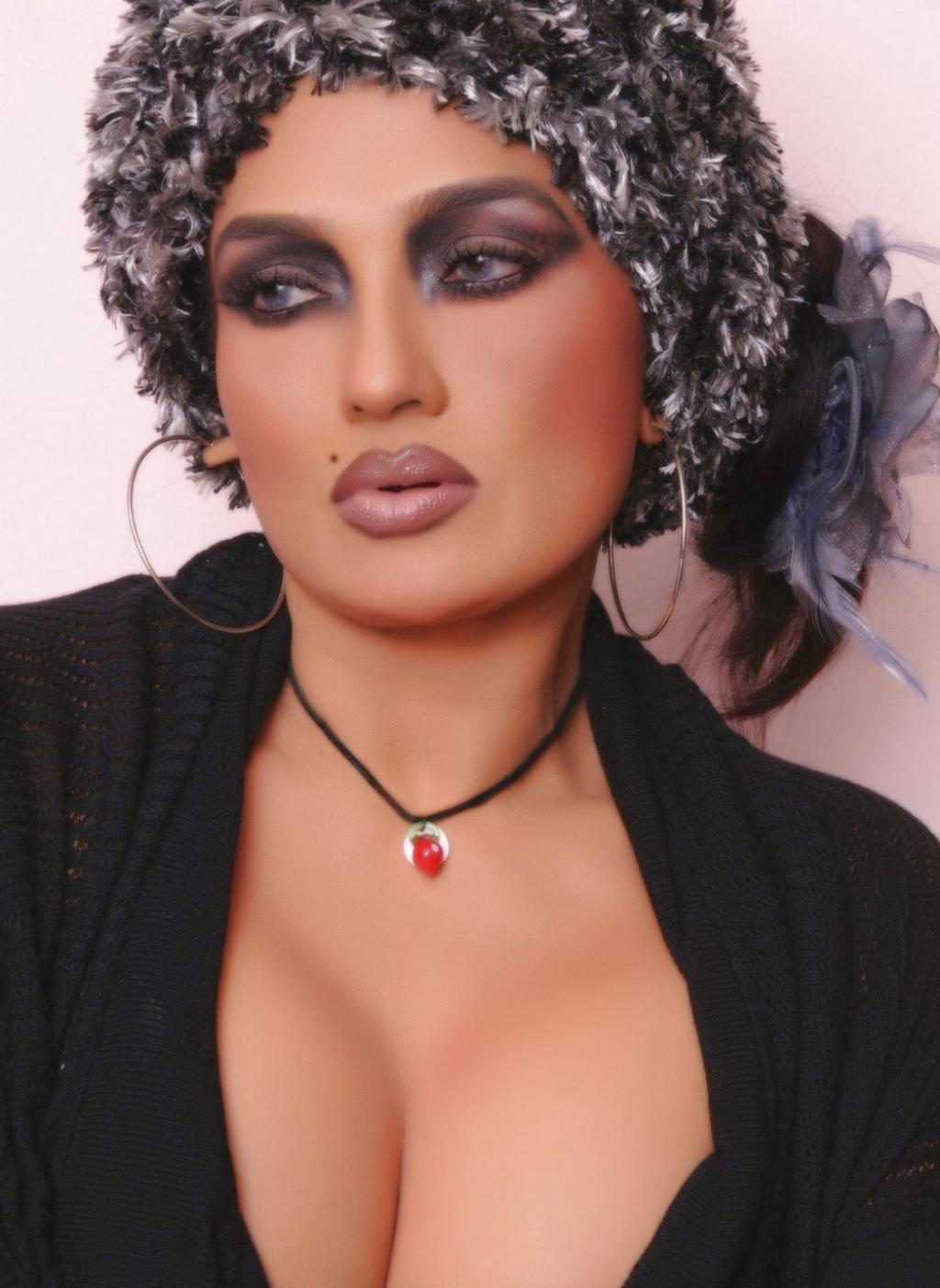 November 2011  Cinegossips - Bollywood  Hindimovies -7891