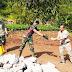 Bentuk Apresiasi Camat Cibatu Terjun Langsung dan Ikut Bekerja di Lokasi TMMD Ke-108 Kabupaten Garut