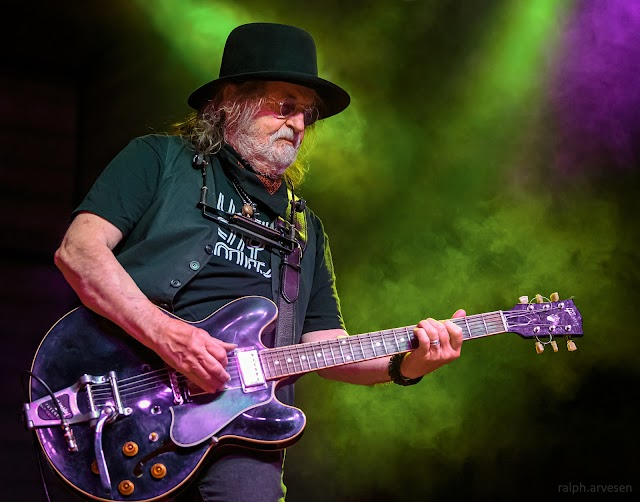 Ray Wylie Hubbard performing at Haute Spot in Cedar Park, Texas