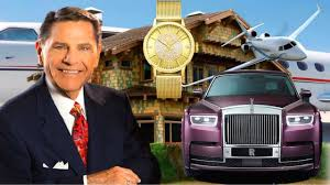 10 Richest Pastors In The World And Their Cars