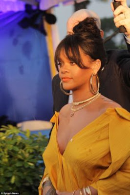 Rihanna Calls Out Snapchat For Promoting Domestic Violence In An Ad