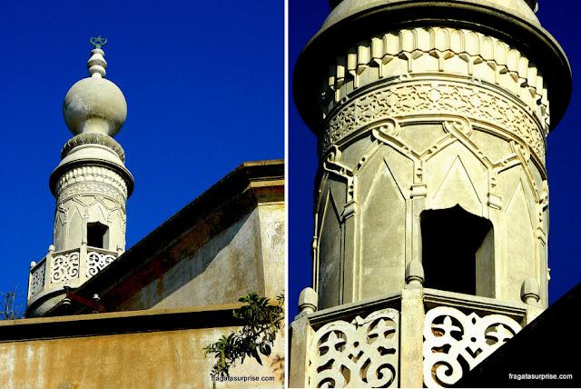 Minarete da Mesquita de Murat Reis, em Rodes, Grécia