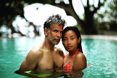 Milind Soman's ke Wife Ankita Konwar en dinon apni Age aur en Hot Pictures ko lekar Social Media  par charchaa men chal rahi hai