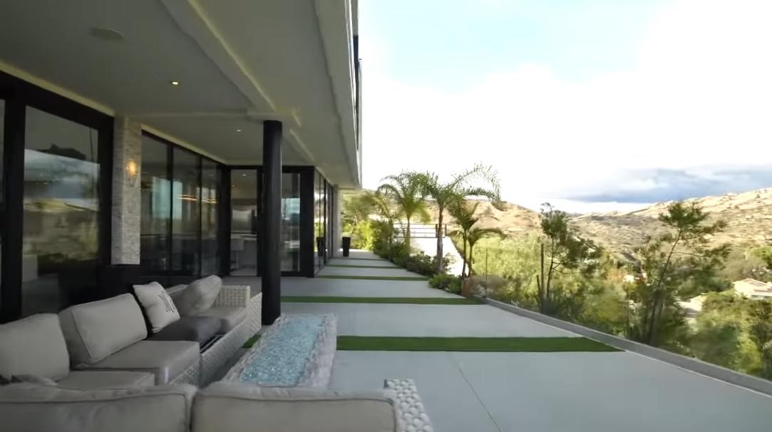 35 Photos vs. 167 Saddlebow Rd, Bell Canyon, CA Interior Design Luxury Home Tour
