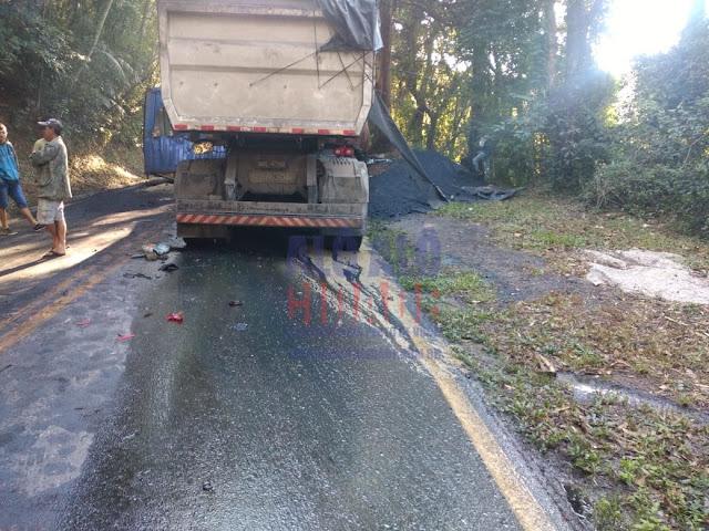 Container cai em cabine de carreta e mata motorista em acidente na BR-354 em Pouso Alto