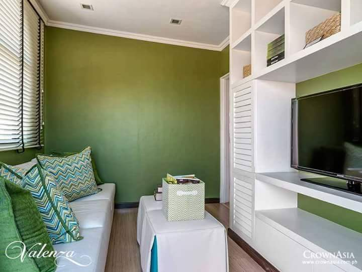 Idea for an affordable 50 sqm to 120sqm small beautiful house - Photos Of Space Saving Bedrooms Kitchen Living And
