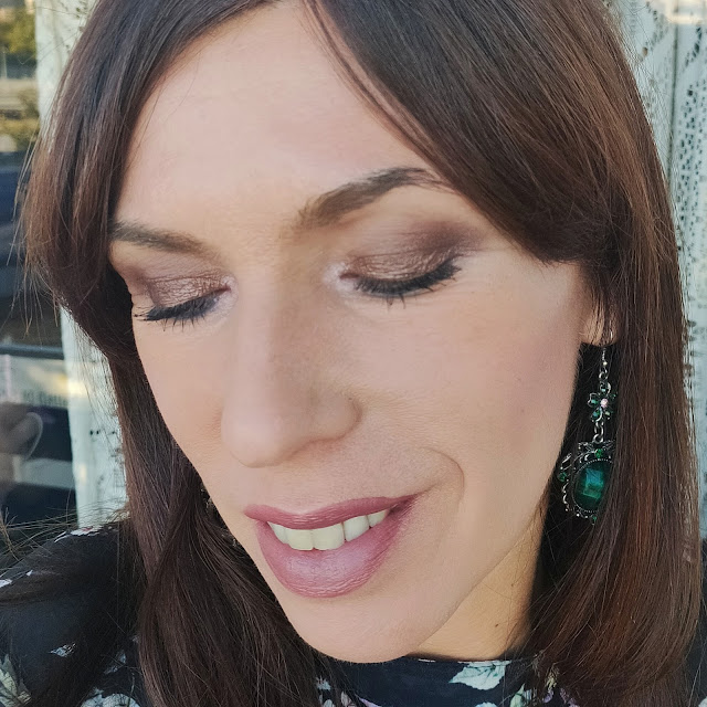 La nueva paleta de NEVE Cosmetics: Bartender Spells 17