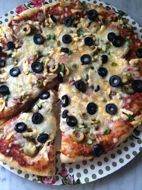 عجينة العشر دقائق للبيتزا