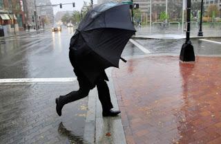 23 августа ожидаются местами сильные дожди, грозы, град, шквалистое