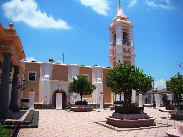 Plazuela Hidalgo, Colima