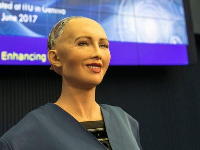 تفاصيل عن الروبوت صوفيا