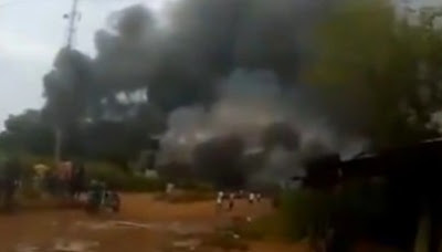 #EndSARS: Angry Mob Defies Curfew, Sets Police Station On Fire In Imo State