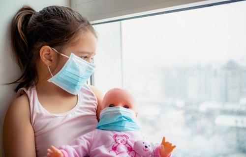 Covid-19: por que a doença mata tantas crianças no Brasil?