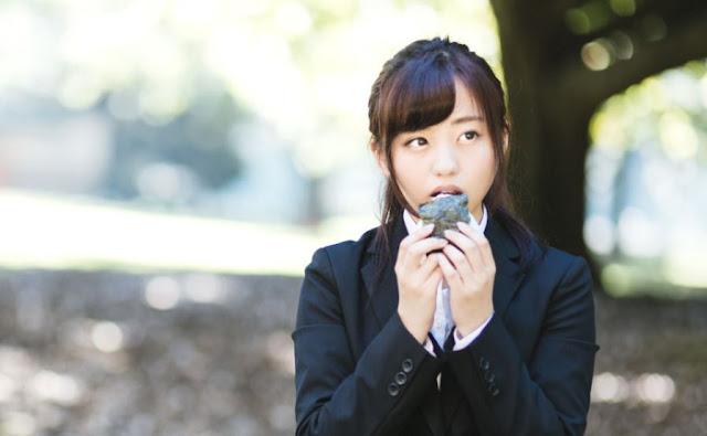 Onigiri Ini Dijual dengan Cara Unik Agar Pembeli di Luar Jepang Tertarik, Harganya Rp 32 Ribu per Kepal!