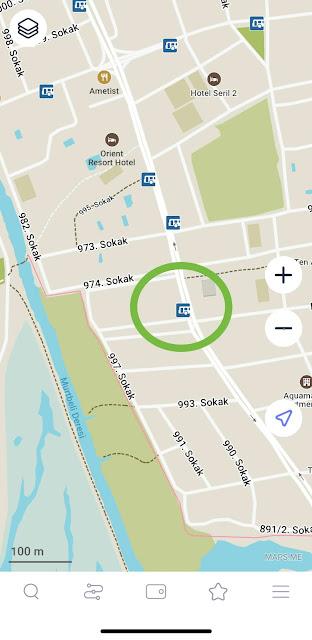 Карта maps.me с обозначенными остановками автобуса в Фетхие