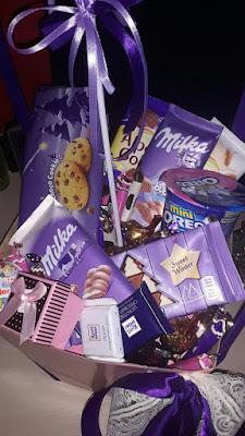 hotel-poklon-paketi-slatkisa-milkinih-cokoladnih-proizvoda-ferero-rose