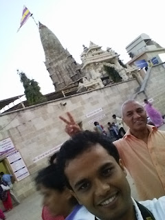 Shaurabh Bharti @ Dwarkadheesh Temple