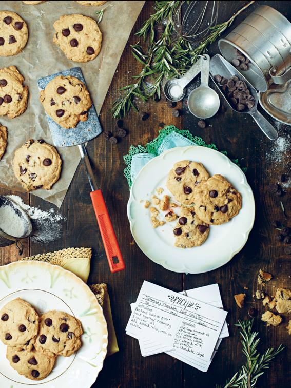 Doce Vegano Para Páscoa: Cookies de Alecrim com Gotas de Chocolate