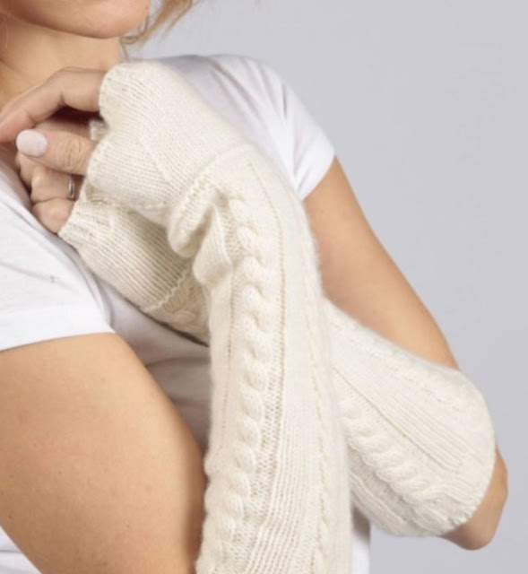 italy in cashmere cream white pure cashmere cable knit wrist warmer gloves