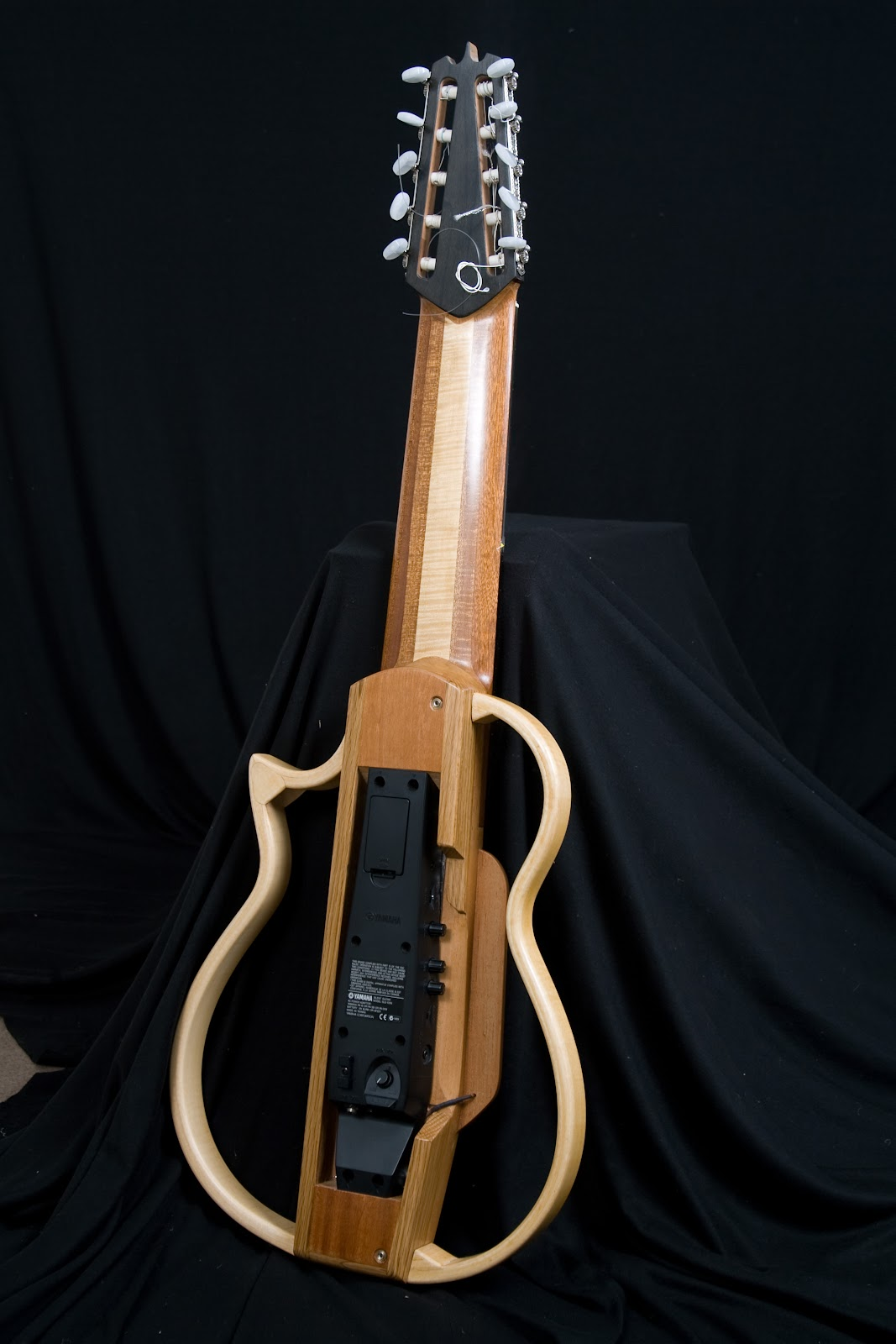 Yamaha  Telli Akustik Gitar
