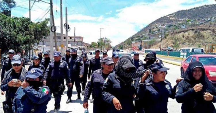 """DAN """"GUERRA POLIS EN GUERRERO"""", VAN 1,000 EJECUTADOS EN 5 MESES Y ELLOS SE """"AMOTINAN"""""""