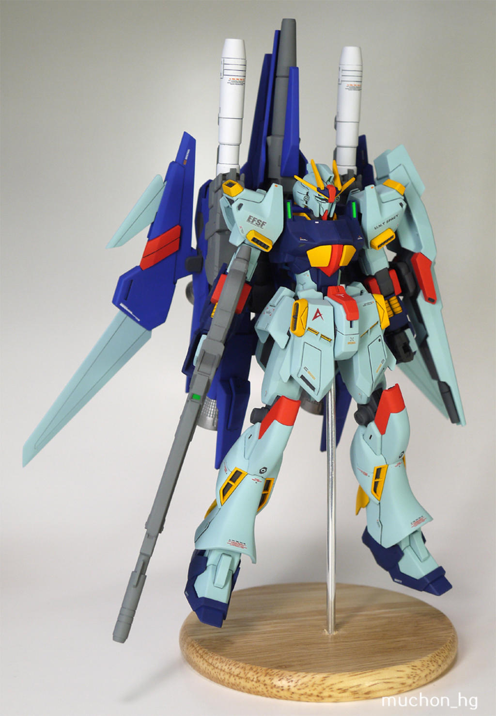 Custom Build: HG 1/144 Amuro Private Delta Gundam