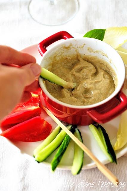 bagna cauda-huile anchois-ail-mie de pain-lait