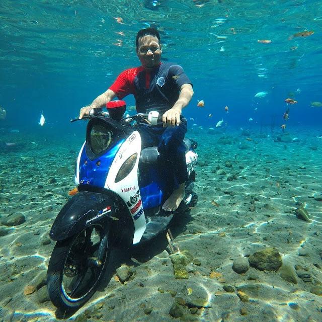 foto dengan motor bawah air umbul ponggok