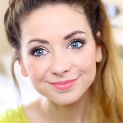 Maquiagem para usar durante o dia pode ser tão linda quanto a de usar a noite. Claro que não pode ser tão forte, mas o ideal é que seja delicada e natural. Por isso separei 5 opções de makes para usar durante o dia e arrasar sem tirar a sua beleza natural.