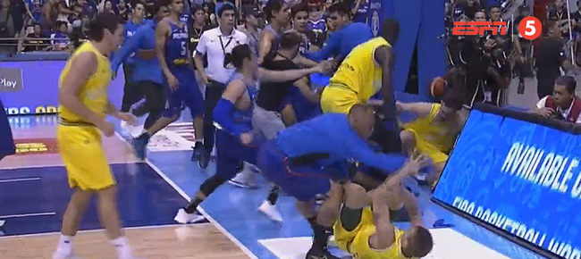 Gilas Pilipinas vs. Australia Game ERUPTS INTO MASSIVE BRAWL (VIDEO) 13 Players EJECTED!