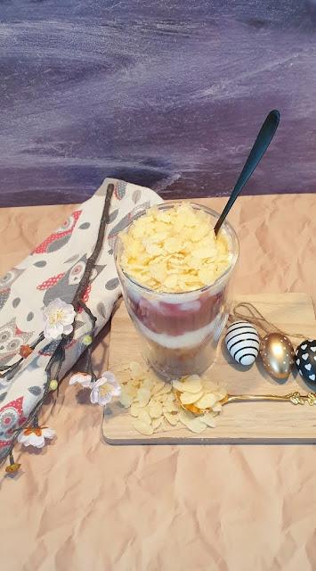 Rezept für eine leckere Frischkäsecreme mit Kirschen
