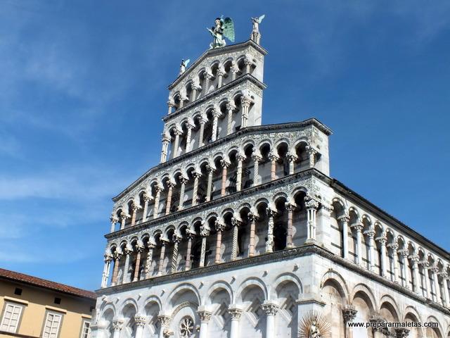 visitar Lucca en la Toscana