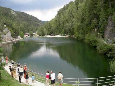 Lago Smeraldo a Fondo - Val di Non - Trento - Vacanze in Trentino