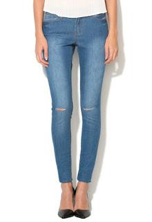 Jeansi skinny albastri din material elastic