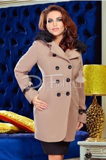 Palton dama cu blanita la gat mediu bej