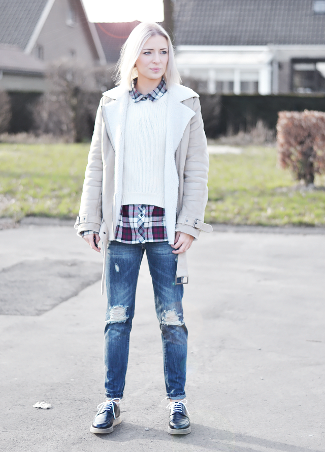 OOTD: wearing, shearling jacket, h&m, checkered, shirt, bellfield, bankfashion, primark, denim, jeans, zara, brogues, tranparent, outfit, street style, trends, 2015