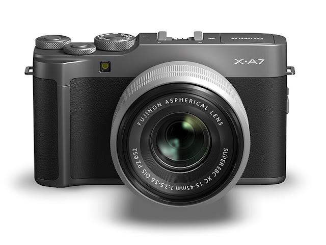 Fujifilm X-A7 with XC 15-45 OIS PZ