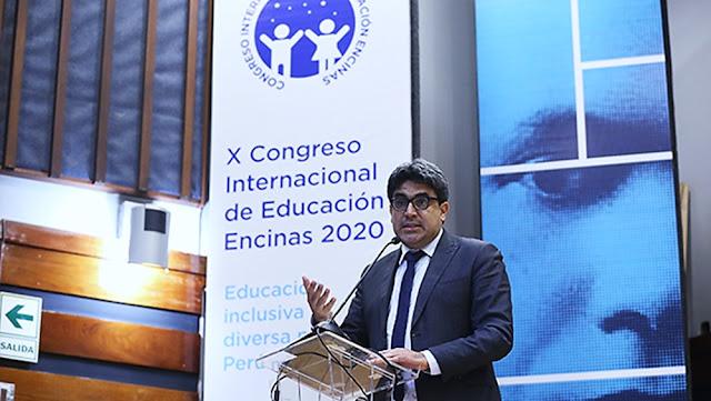 Ministro de Educación, Martín Benavides