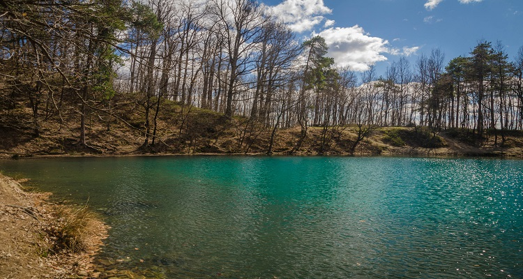 Cel mai frumos lac multicolor din Baia Sprie