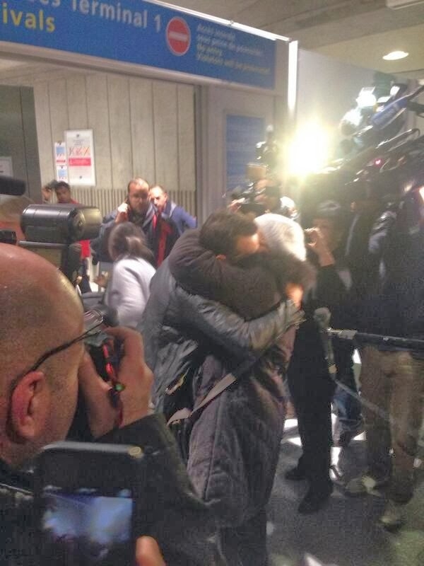 Zahir Belounis is safely back home welcomed by family