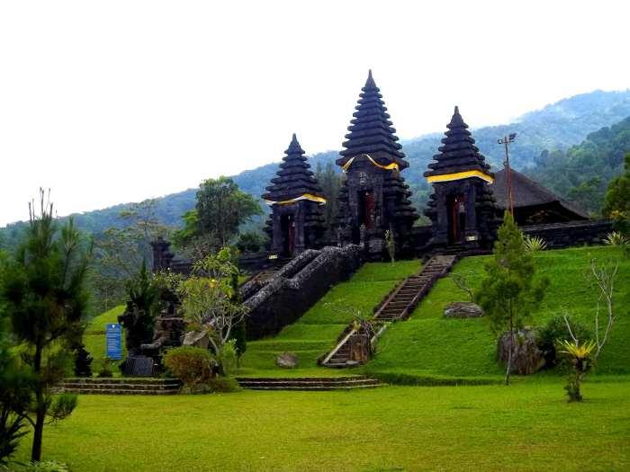 Tempat  Wisata di Kota Mataram Nusa Tenggara Barat ( NTB )