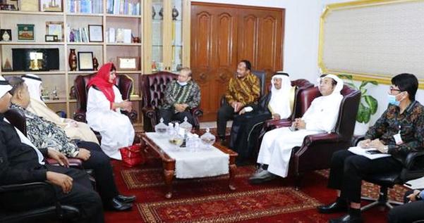 Hobi Makan Mie Instan Buatan Indonesia, Putri Kerajaan Arab Saudi Ingin Investasi