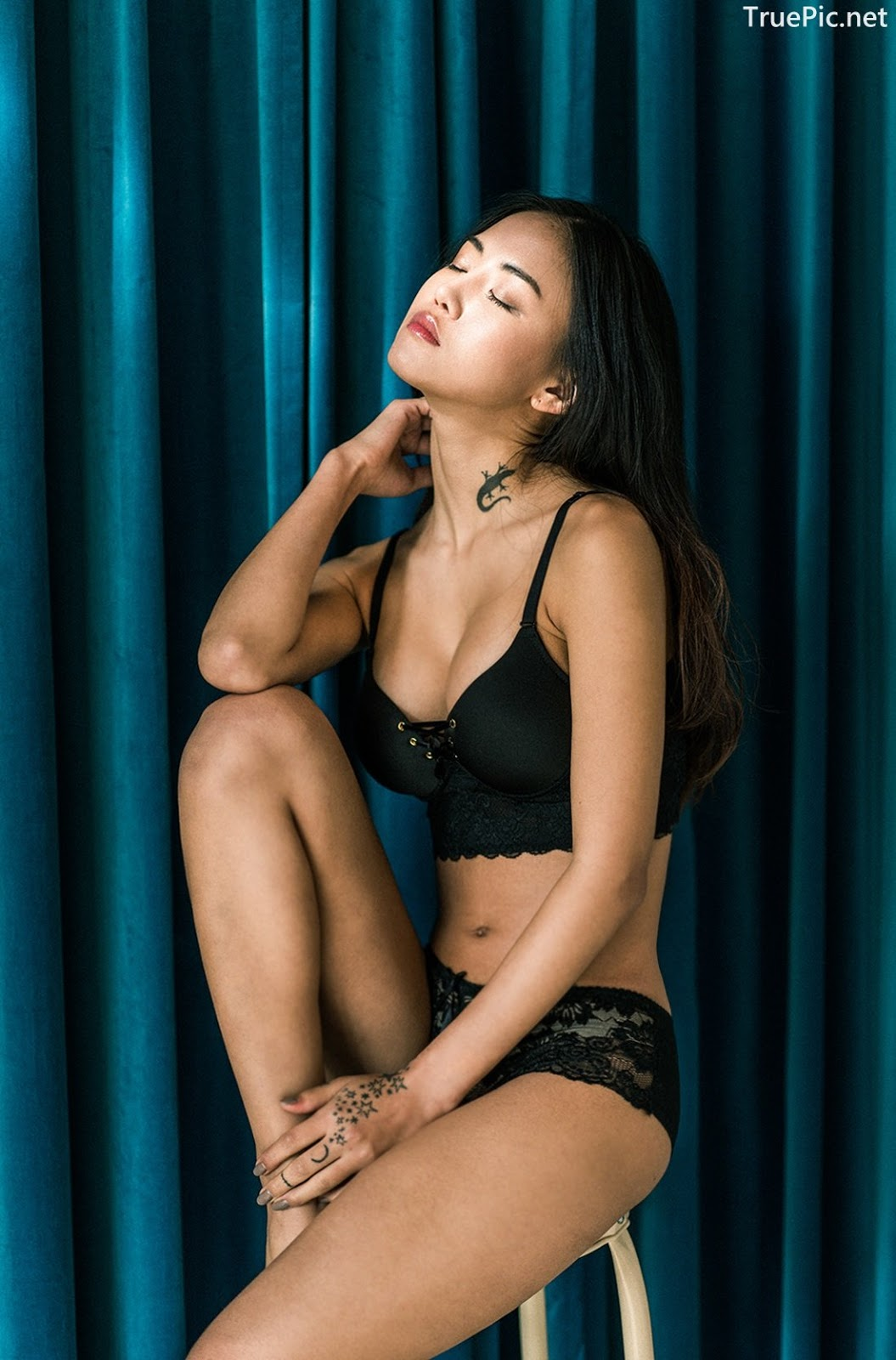 Image-Korean-Fashion-Model–Baek-Ye-Jin–Sexy-Lingerie-Collection-2-TruePic.net- Picture-1