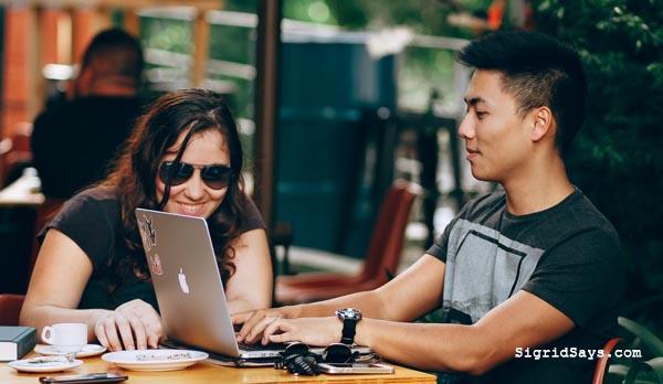 Rakubos.ph, online job market, digital professional, skilled Filipino online workers, skilled Filipino workers, jobs for Filipinos, Filipino job market - online security - work at home