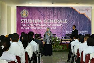 Beri Kuliah Umum di Poltekpar, Wagub Rohmi: Mahasiswa Harus Kuasai Attitude, Skill dan Knowledge