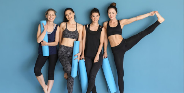 4 women activewear