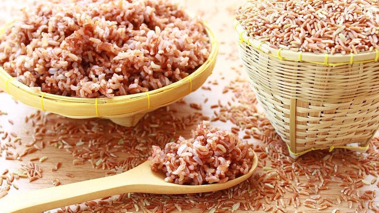 Manfaat Nasi Merah Bagi Moms Sebelum Menjalani Program Kehamilan